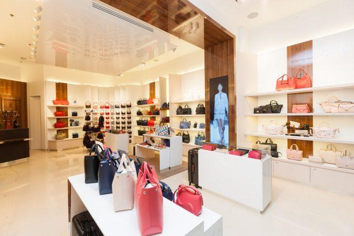 Longchamp primul magazin Romania Baneasa Shopping City