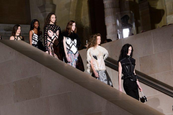 colectie toamna-iarna 2017/2018 Louis Vuitton
