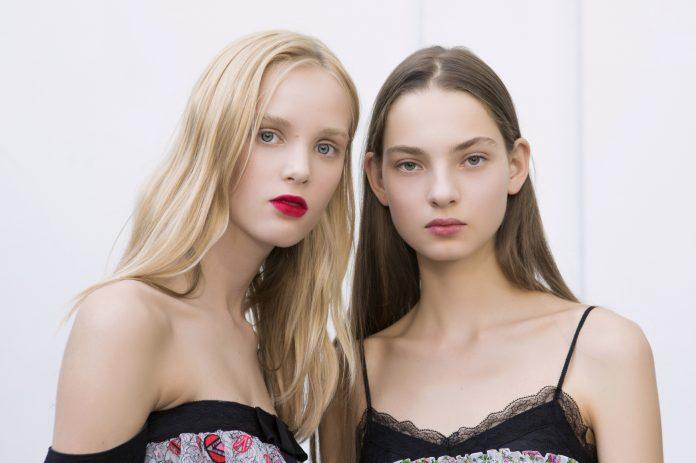trends hairstyle 2017 Giambatista Valli