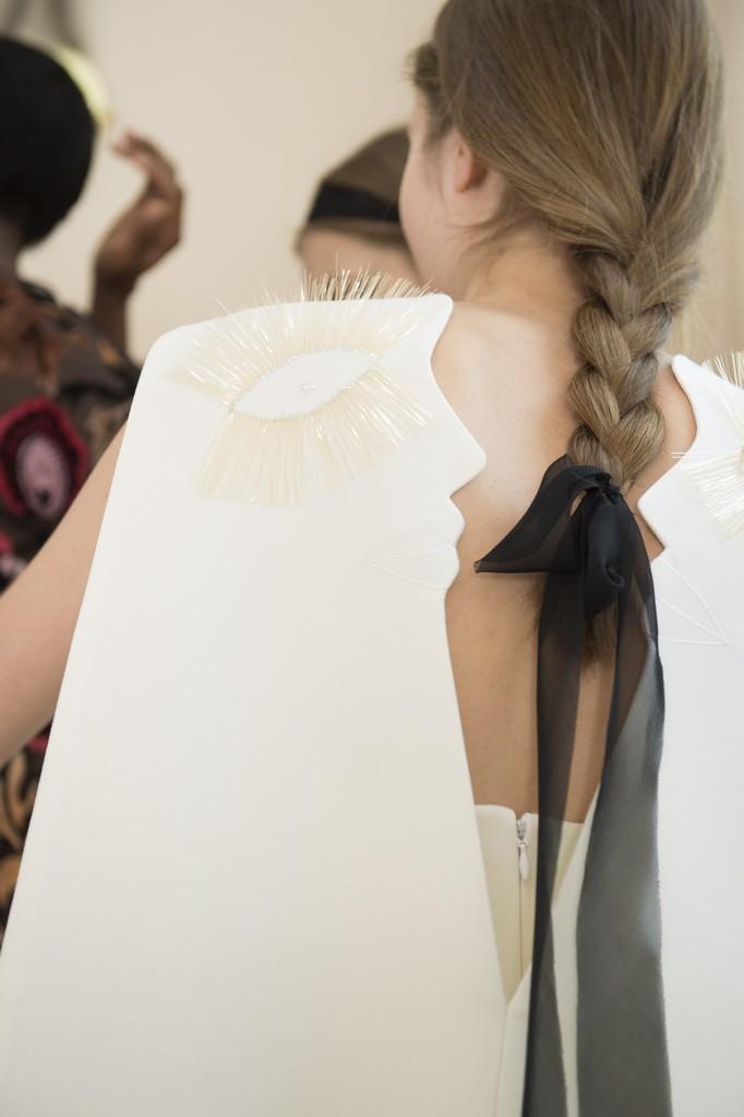 Schiaparelli couture backstage primavara 2017