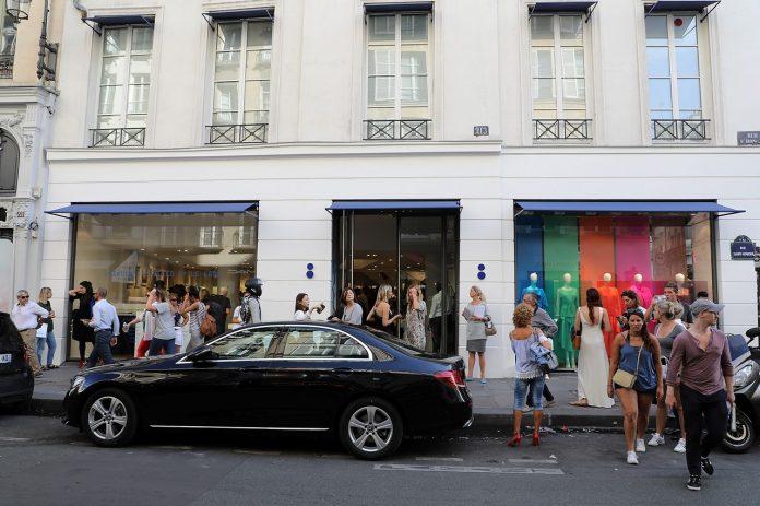 inchiderea magazinului Colette Paris