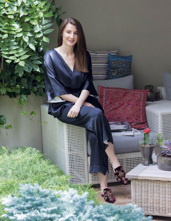O viata la moda Veronica Zaharia Parlor gradina