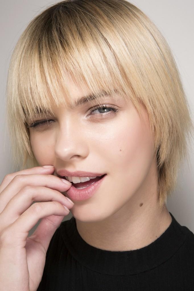 Versace estetica dentara tratamente