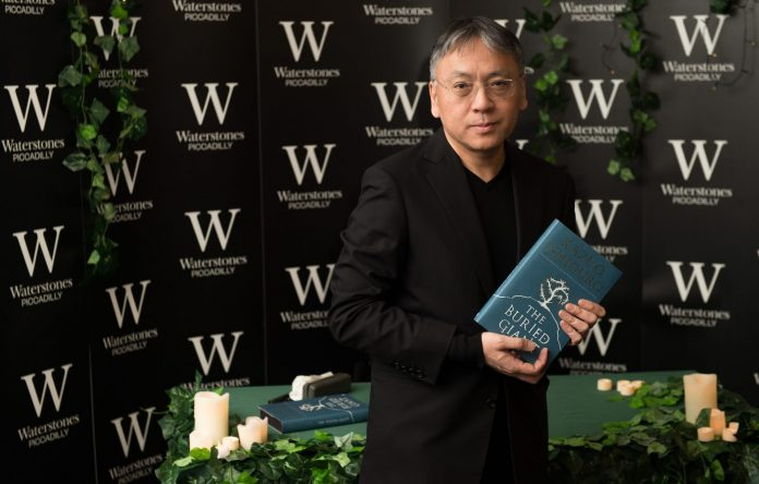 Kazuo Ishiguro premiul Nobel pentru Literatura