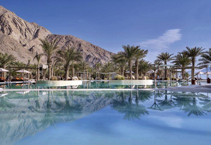 mai aproape de Paradis Oman