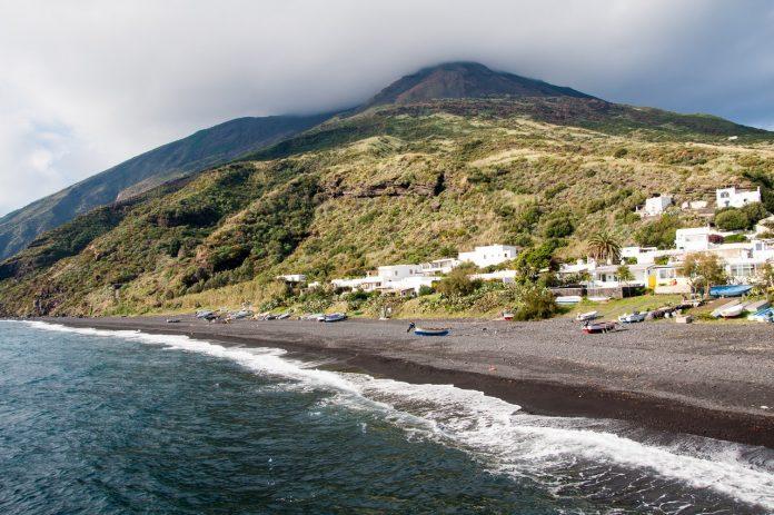 Stromboli vacanță vulcan Raluca Feher