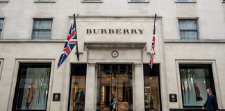 Burberry își propune să elimine plasticul din colecțiile sale până în 2025