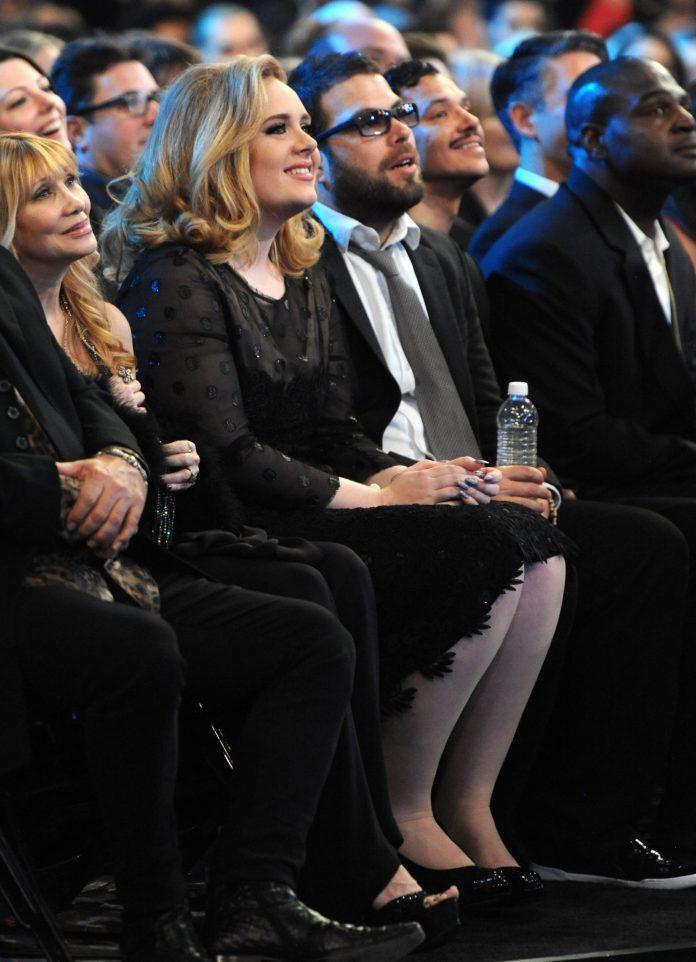 Adele s-a despărțit de Simon Konecki
