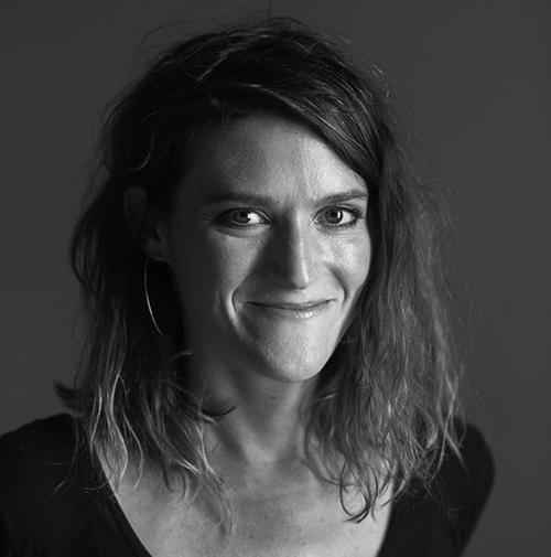 Lulu Miller, cofondatoarea podcastului Invisibilia, speaker la The Power of Storytelling