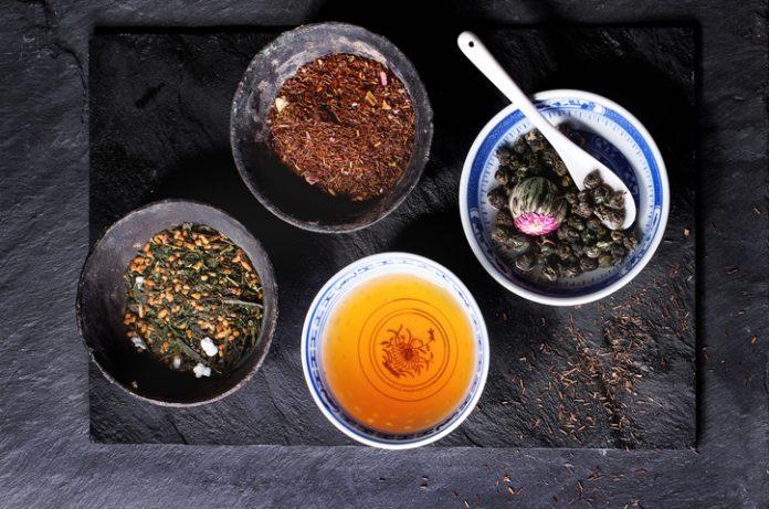 Ceaiuri permise și ceaiuri interzise pe perioada sarcinii