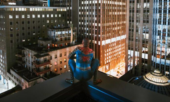 filme cu super-eroi